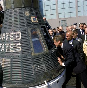 JFK and Friendship spacecraft