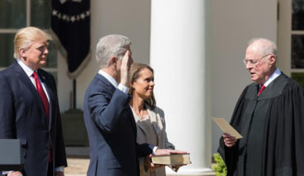 Justices Anthony Kennedy swears in Chief Justice Neil Gorsuch