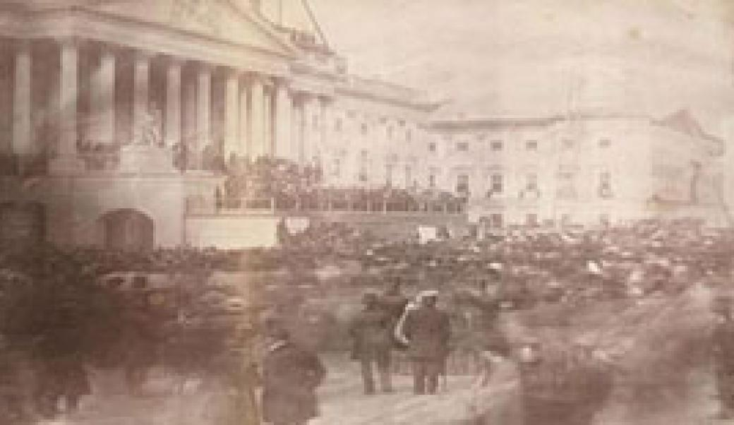 lincoln and davis inaugural addresses While davis had far more governmental experience, his presidential pronouncement are not forgotten, while lincoln's eloquence has given us his two inaugural addresses, the emancipation proclamation, the letter to mrs bixby, and the gettysburg address, to name only his most prominent pieces.