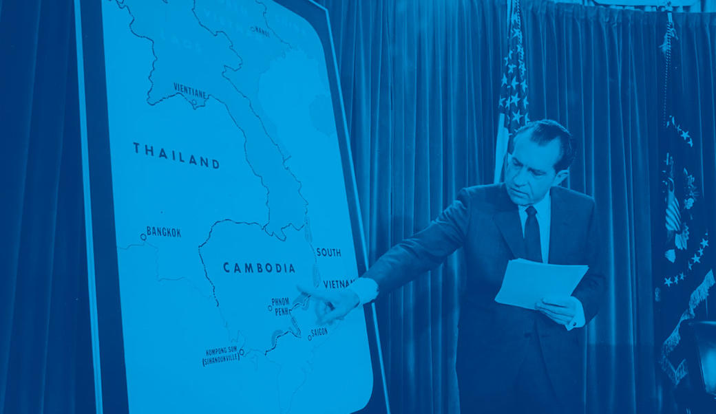 Nixon with map of Cambodia