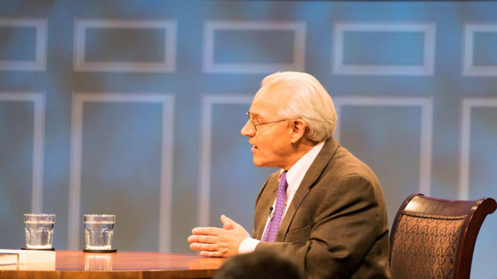 Washington Post columnist E.J. Dionne takes questions on the early days of the Trump Presidency from the American Forum studio audience